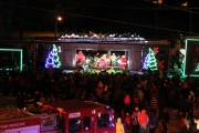 Crowds packed the railway entrance to Lakeside Park to catch the 2013 edition of the CP Holiday Train. — Randi Jensen photo, The Nelson Daily
