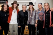 The Croome family with Jon Bon Jovi (center). — Photo courtesy Twitter