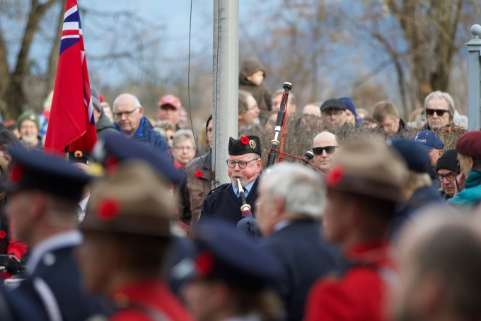 Ford government to make it illegal for employers to ban poppies